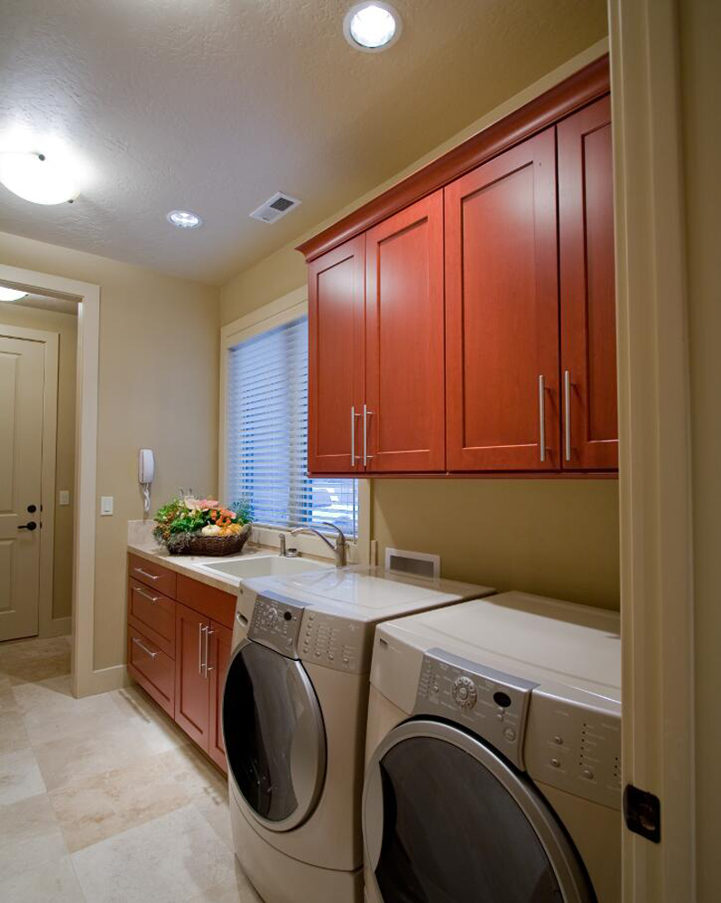 Pack Laundry Room 1